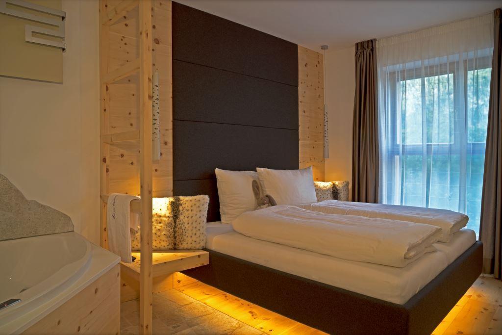 appartamento-lusso-dolomiti-infrarosso-home-cinema-vasca-hydromassagio